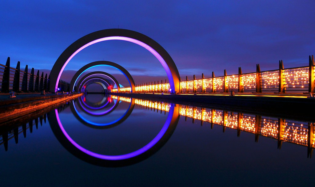BLUE CHRISTMAS Explore THE FALKIRK WHEEL WITH