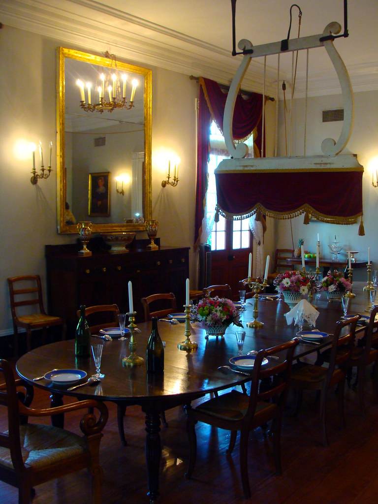 Creole_Dining_Room_Louisiana_Plantation  Oak Alley