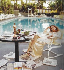Faye Dunaway Beverly Hills Hotel 1977