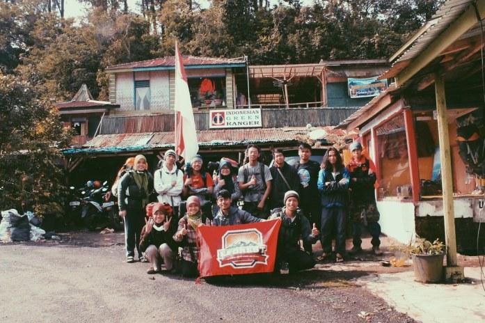 Foto bersama teman-teman Green Ranger