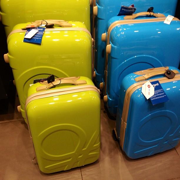luggage  ucob benetton travel