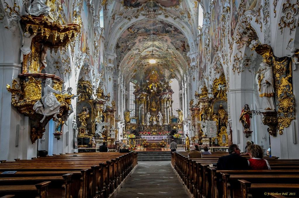 Ehemalige Kloster Stitfskirche Rottenbuch im Allgu  Lan
