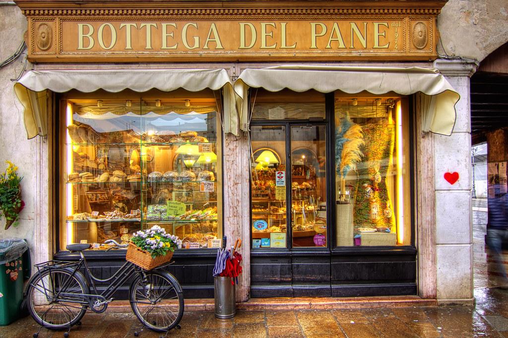 Bottega del pane  Storefront in Bassano del Grappa