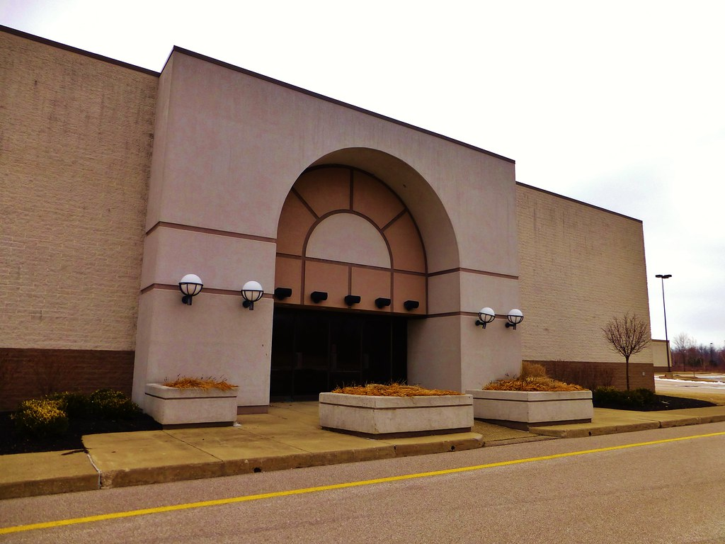 Former Dillards Department Store Ashtabula  This town