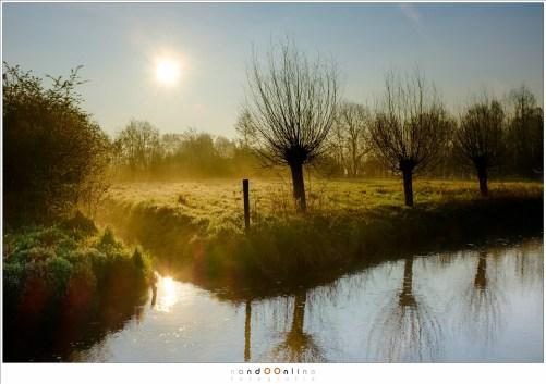 Ochtend landschap, sereen en stil, vlak voor de wereld ontwaakt Single exposure shot in RAW, bewerkt in Lightroom. (ISO200 - f/11 - 1/750sec, velvia film simulation)