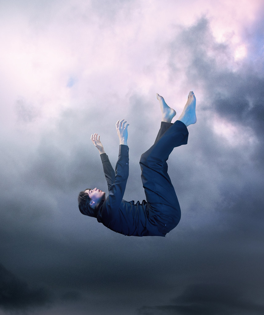 Free Fall Facebook Wallpaper Falling Down This Is The History Of A Man Who Falls Into