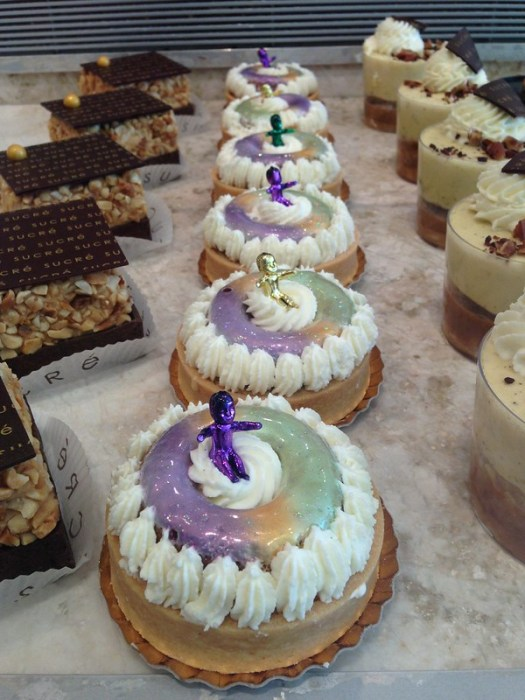 Mini King Cake Pastry at Sucre on Magazine
