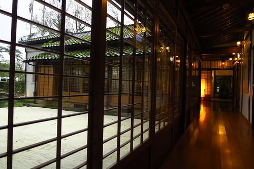 【寫生】宜蘭設治紀念館:第一次室內寫生,好難畫(11.6ys)