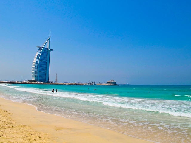 UAE_tour_TOP_6_rules_and_secrets_of_Arabian_comfort_2