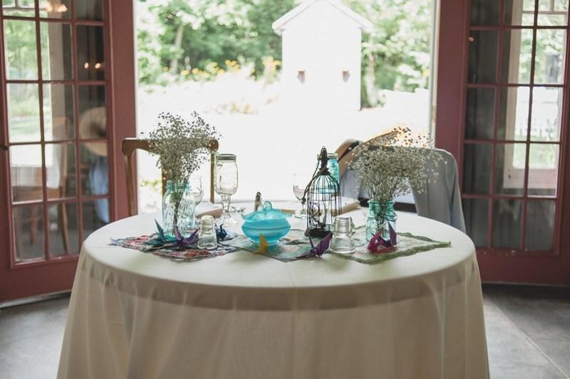 Sweetheart Table via @offbeatbride