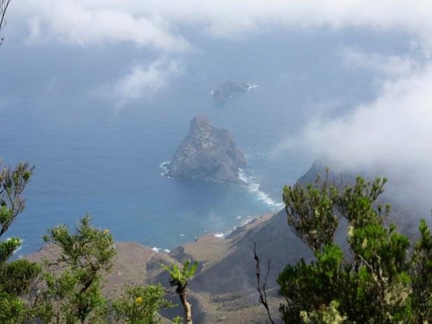 Vista a los Roques de Anaga