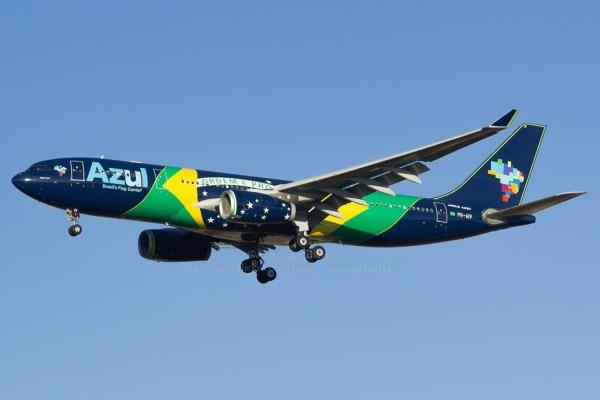 Azul Linhas Aéreas Brazilian flag carrier livery Airbu