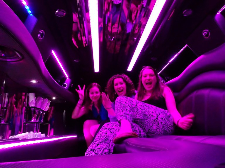 Top 5 things to do in Las Vegas: take a limo - the tea break project solo travel blog