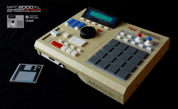 Lego MPC-2000xl 1:2