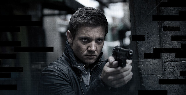 Jeremy-Renner-Jason-Bourne-Aaron-Cross-Crossover