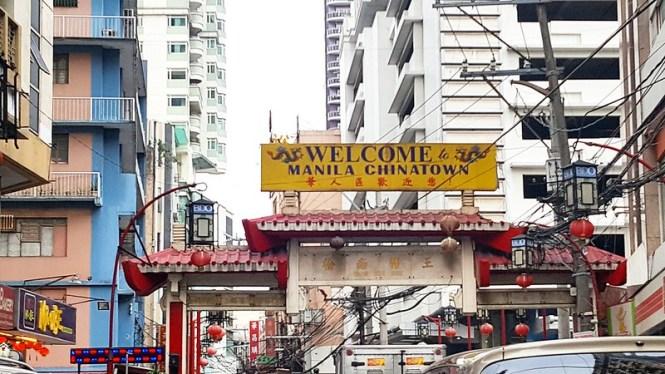 Downtown Manila tour with Carlos Celdran
