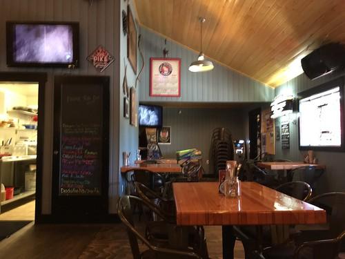 Old Corner Pub-002