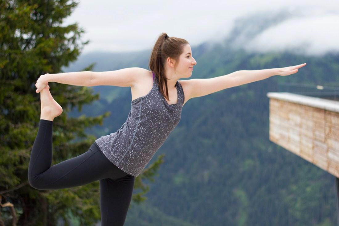yoga-pose-mountain-yoga-st-anton