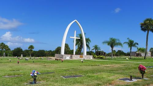 Woodlawn Arch