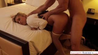 Hot Pornstar Skips The Undressing Lesson
