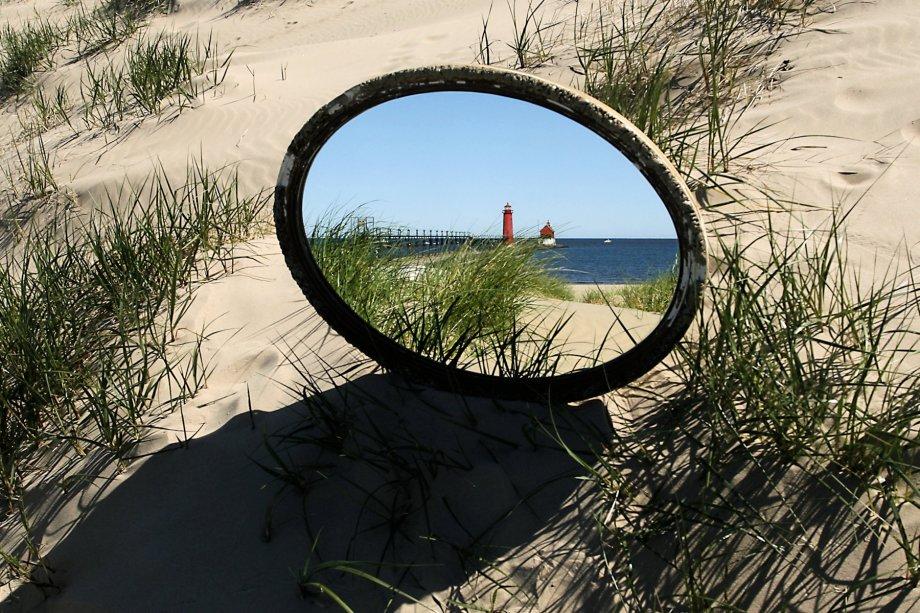 Bob Walma's Reflection of the GH lighthouse