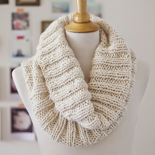 cozy ribbed scarf