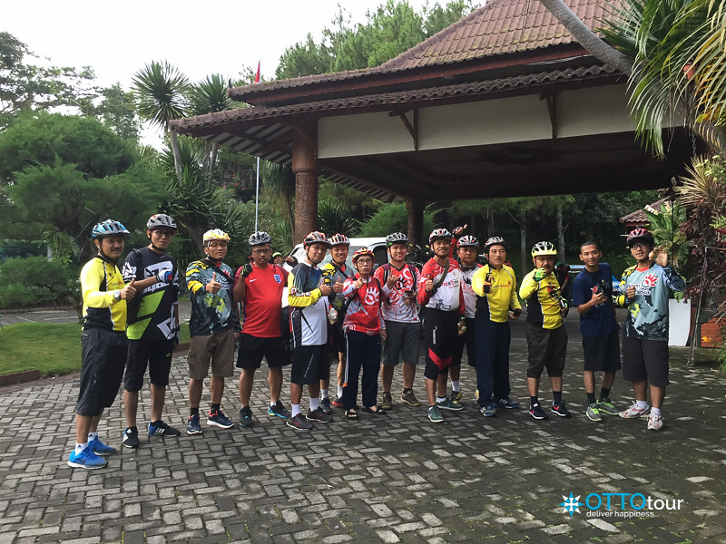 Telkom Cycling before riding