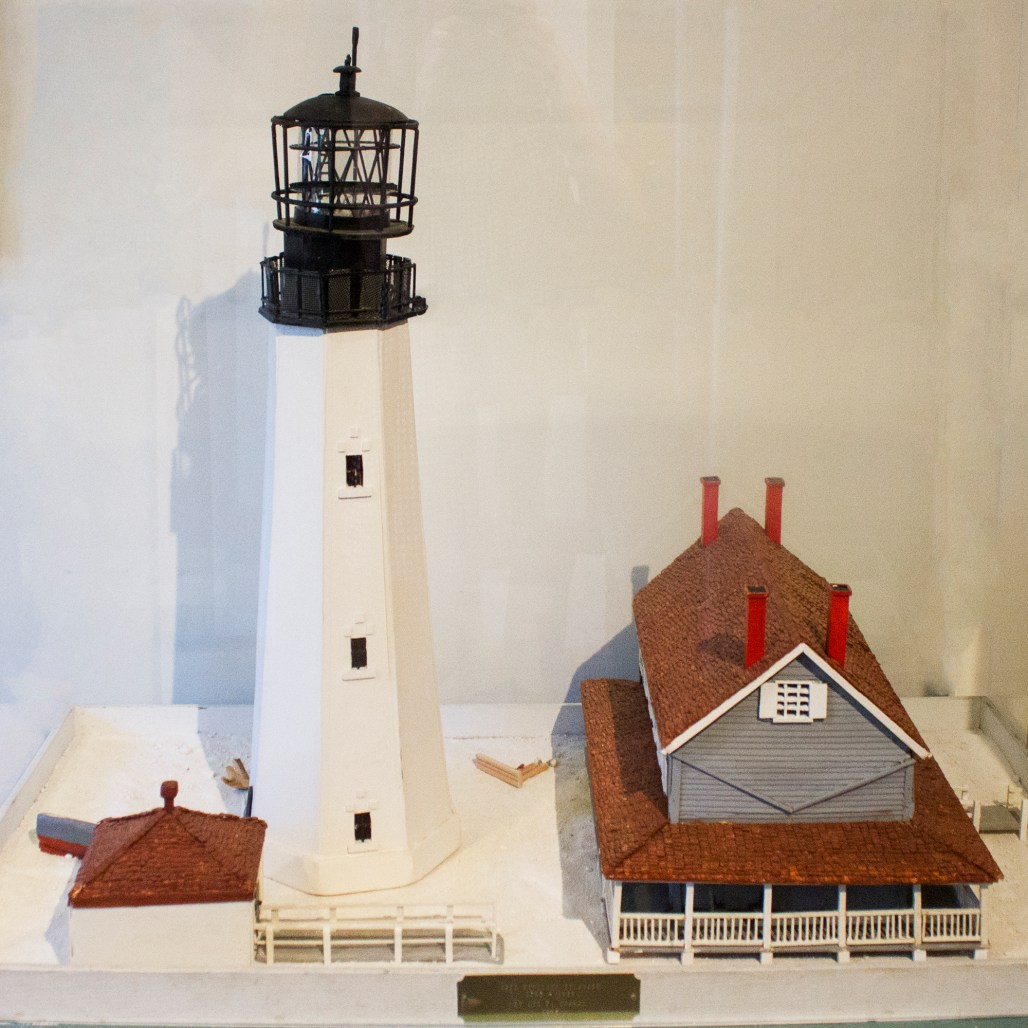 cape-henlopen-lighthouse-replica