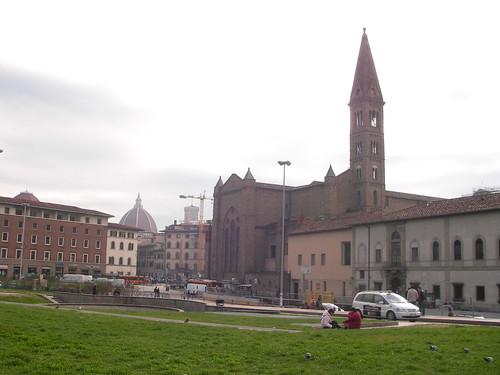 Vista posterior de la Iglesia de Santa María Novella. ViajerosAlBlog.com.