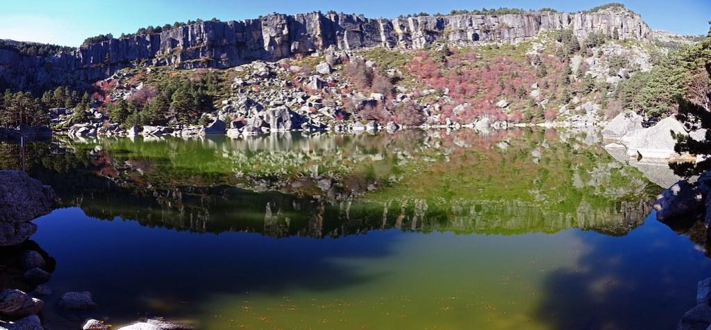 La Laguna Negra Soria Parque Natural Sierra Urbión 03 panoramica