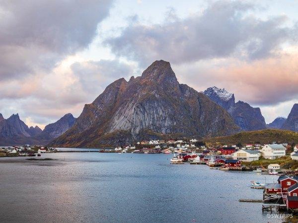 Reine - Lofoten, Norway.jpg