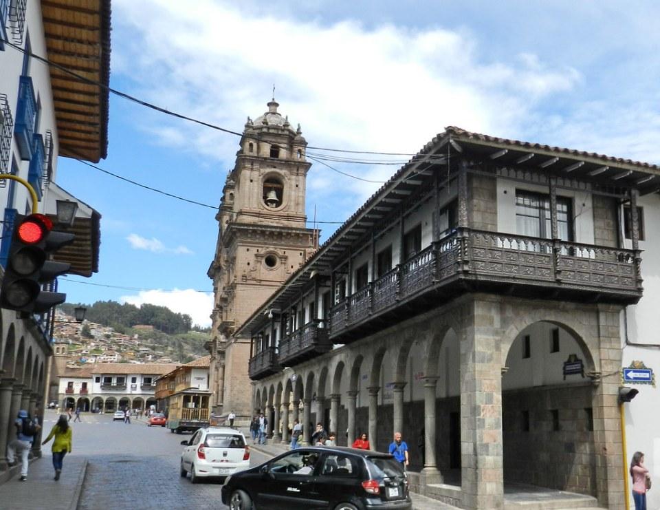 Cuzco casa en calle mantas y Plaza de Armas Peru 02
