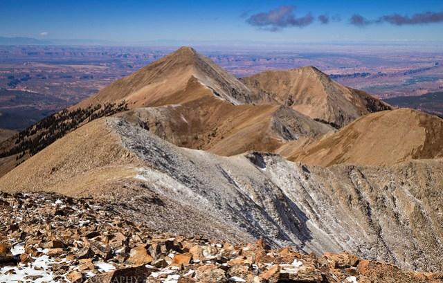 Mount Tukuhnikivatz