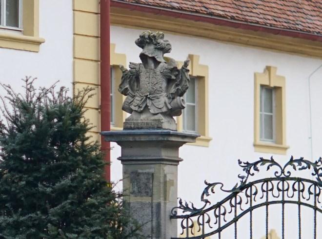 SchlossFrankenstein_Ernostar100f2,0_f2,8_Mcrop100