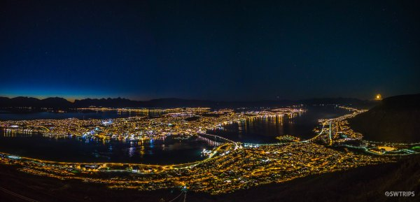 Night View from Fjellheisen - Tromso, Norway.jpg