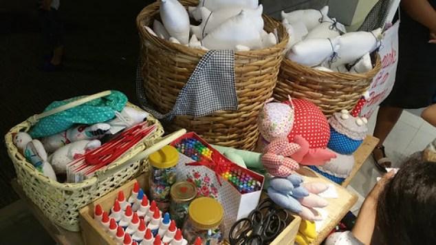 Arts and crafts materials