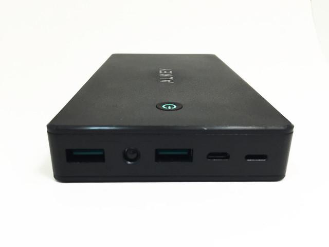 Test de la batterie AUKEY 20000 mAh PB-N36 - Face allumée