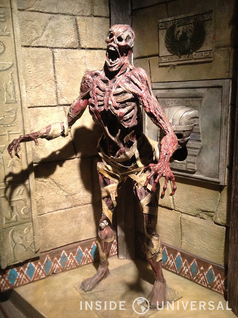 A Closer Look At: Revenge of the Mummy: The Ride