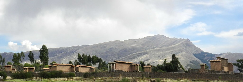 Racchi Templo de Wiracocha Peru 02