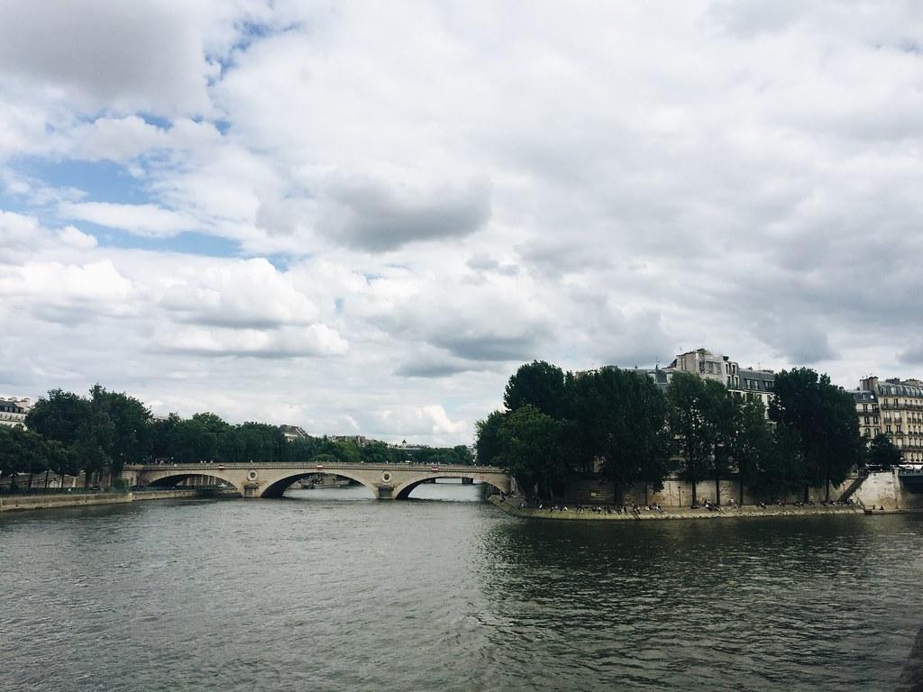 Paris 2016 the seine