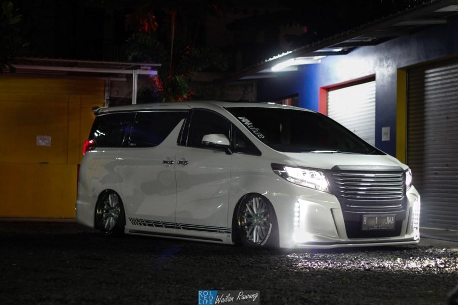 Kikianugraha Slammed Toyota Alphard-8