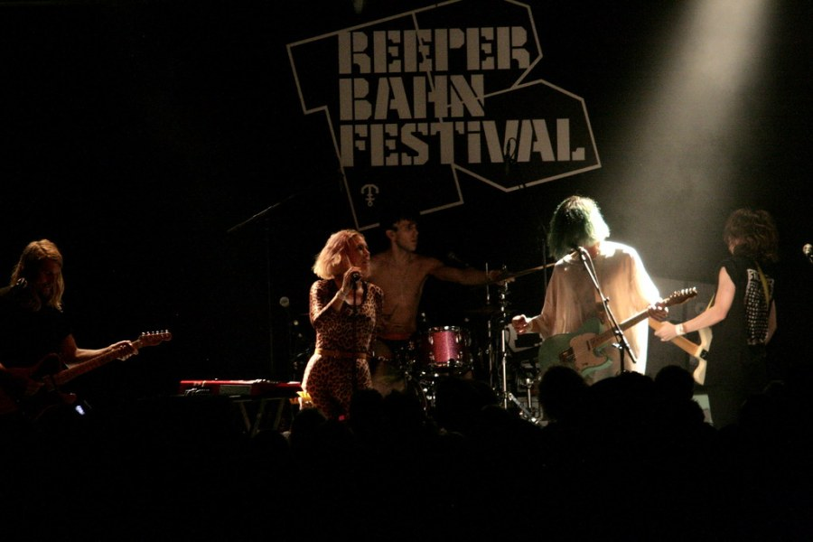 rbf16_tag2_12_grouplove