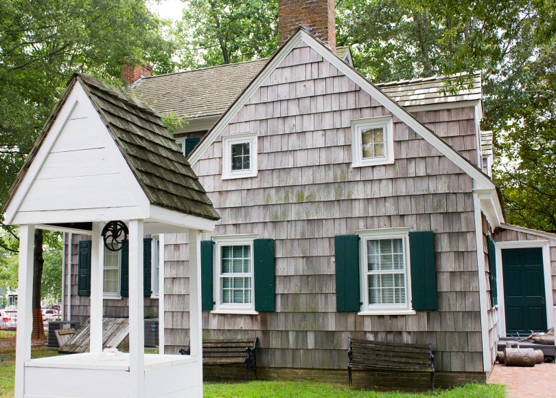 historic-lewes-delaware-well