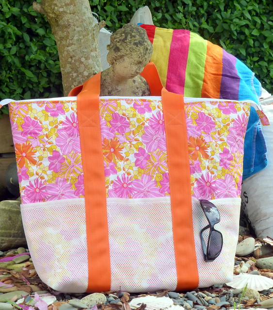 Beach Bag (Pretty Patches Aug16)
