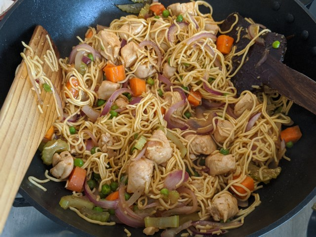Chow mein, nearly ready