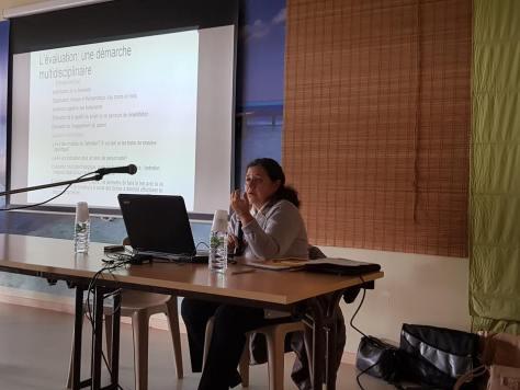 intervention d'Isabelle Amado Boccara, à conférence UNAFAM du Cher sur la remédiation cognitive, à Bourges