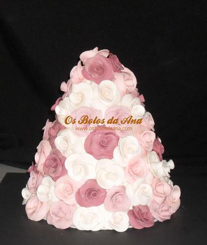 Bolo de Casamento Pirâmide de Flores