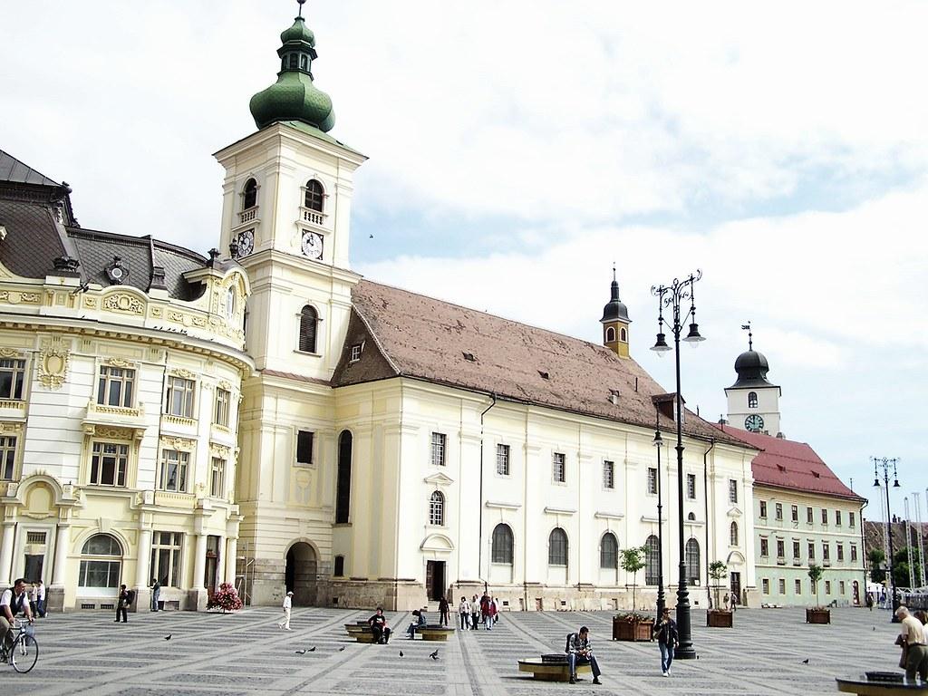 Sibiu Iglesia Jesuita de Sibiu Plaza Mayor Rumania 09