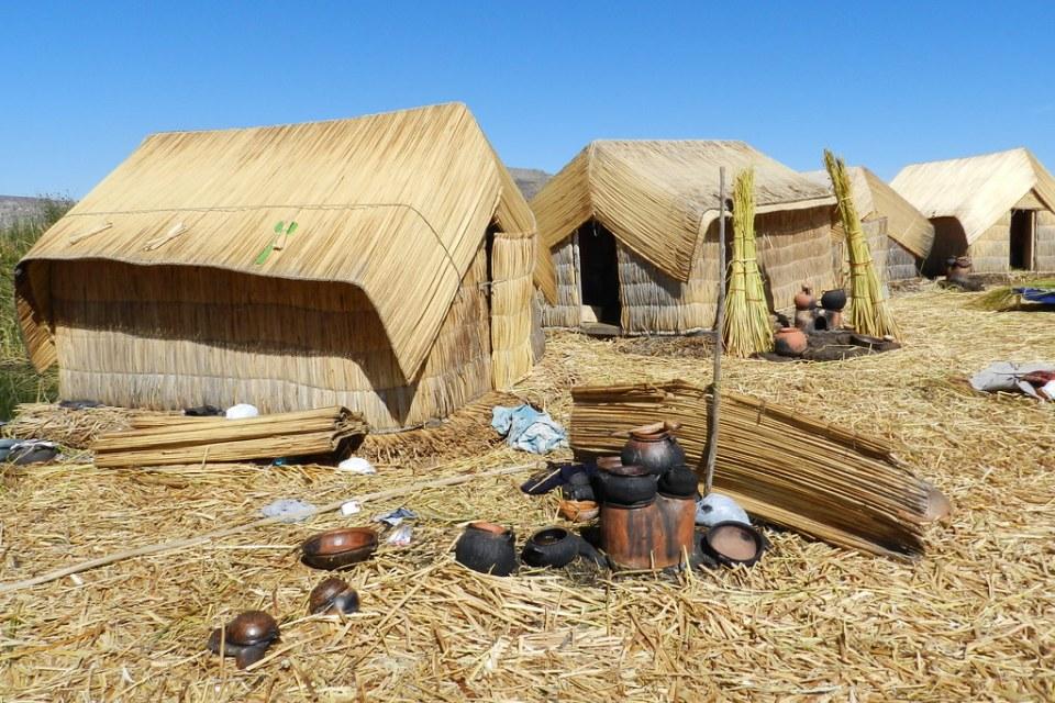 pueblo Islas de los Uros Lago Titicaca Peru 05