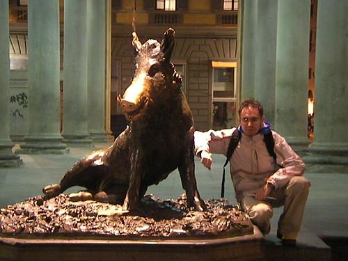 Fontana de Porcellino en la Logia del Mercado Nuevo. ViajerosAlBlog.com.